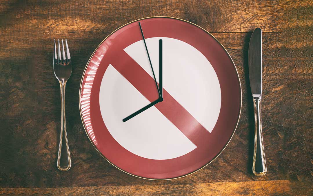 Intermittent Fasting- What is it? How does it work? Is it for me?