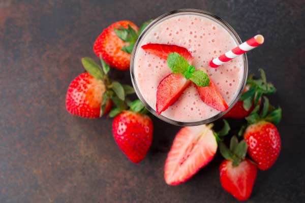 smoothie milk shake strawberry mfine