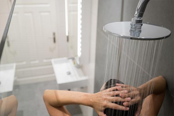 Sleep Hygiene Tips warm bath mfine