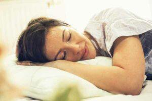 sleeping woman skin breakout mfine