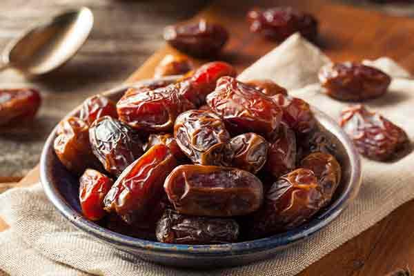 healthy winter foods dates mfine
