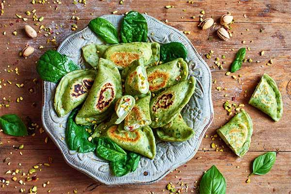 healthy holi snacks palak methi dumplings mfine