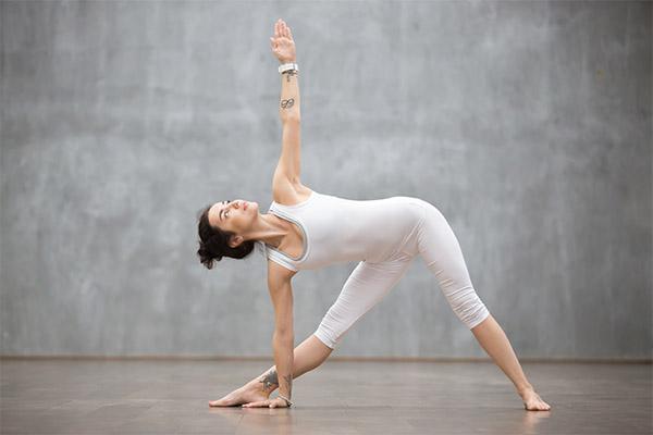 surya namaskar yoga mfine