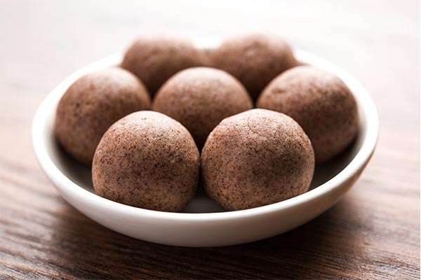 recipes for kids ragi laddu mfine