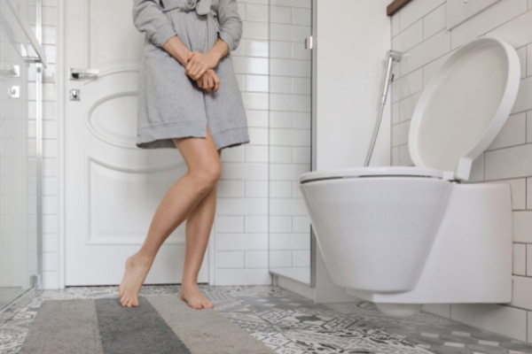 frequent urination woman toilet mfine