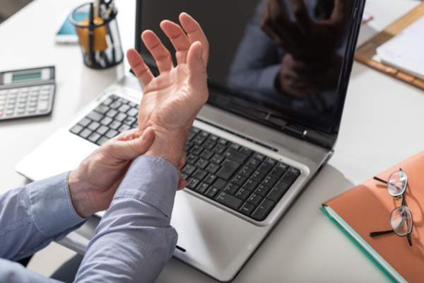 carpal tunnel syndrome hands fingers mfine