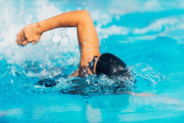 sports activities in 30s swimming mfine